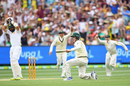 Nic Maddinson appeals after catching Misbah-ul-Haq at short leg, Australia v Pakistan, 2nd Test, 1st day, Melbourne, December 26, 2016
