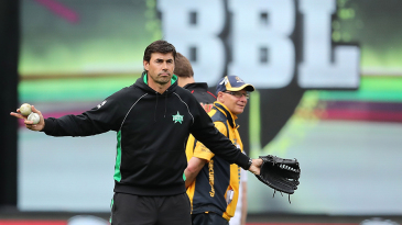 Stephen Fleming oversees a fielding drill before play
