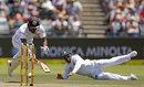 Dimuth Karunaratne had to dive to beat Temba Bavuma's throw, South Africa v Sri Lanka, 2nd Test, Cape Town, 2nd day, January 3, 2017
