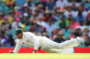 Usman Khawaja dives to field the ball, Australia v Pakistan, 3rd Test, Sydney, 2nd day, January 4, 2017