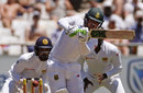 Quinton de Kock made a quick 29 as South Africa pushed for a declaration, South Africa v Sri Lanka, 2nd Test, Cape Town, 3rd day, January, 4, 2017
