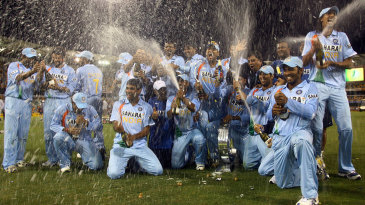 India celebrate their CB series victory in 2008