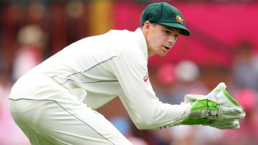 Peter Handscomb took the wicketkeeping gloves after an ill Matthew Wade left the field
