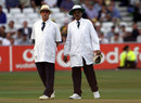 Umpires John Hampshire and S Venkataraghavan, England v Australia, third Test, day two, Trent Bridge, August 3, 2001