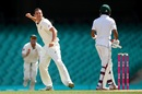 Josh Hazlewood is ecstatic after trapping Babar Azam, Australia v Pakistan, 3rd Test, Sydney, 5th day, January 7, 2017