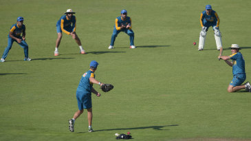 Pakistan players do catching drills