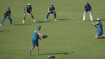 Pakistan players do catching drills