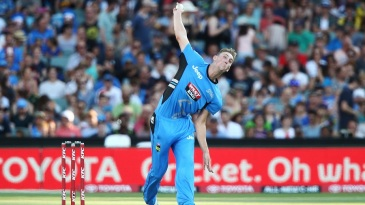 Billy Stanlake in action at the BBL