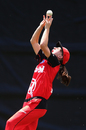Annabel Sutherland puts down a catch, Scorchers v Renegades, January 4, 2017