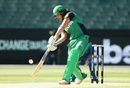Emma Inglis struck a quickfire 25 as Stars' chase got off to a flying start, Melbourne Stars v Adelaide Strikers, Women's Big Bash League 2016-17, Melbourne, January 10, 2017