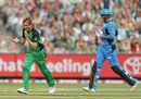 Liam Bowe celebrates the wicket of Ben Dunk, Stars v Strikers, Big Bash League 2016-17, Melbourne, January 10, 2017