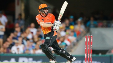 Michael Klinger's 81 took Scorchers to 156