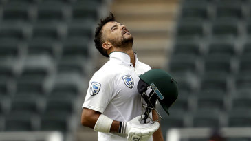 JP Duminy takes in his hundred