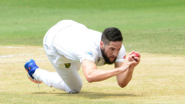 Wayne Parnell scooped up a low catch off Nuwan Pradeep to wrap up Sri Lanka's first innings