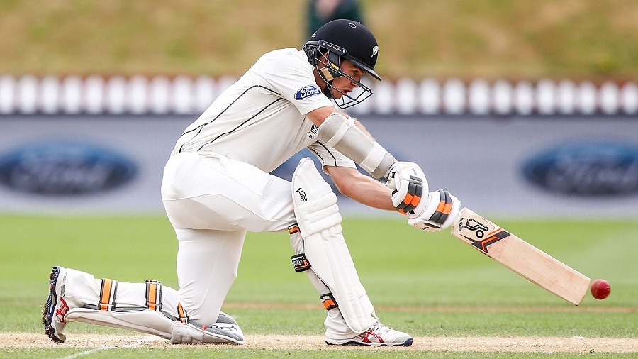 New Zealand batsman signs for Durham CCC