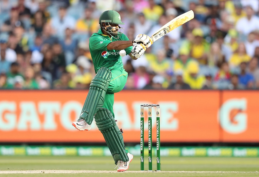 2nd ODI: Amir gets three as Pakistan bowl Australia out for 220