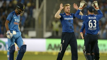David Willey removed India's openers in successive overs