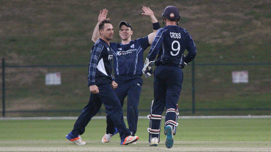 Con de Lange removed Michael Rippon to give Scotland hope