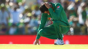 Junaid Khan is disappointed after a catch is put down off his bowling