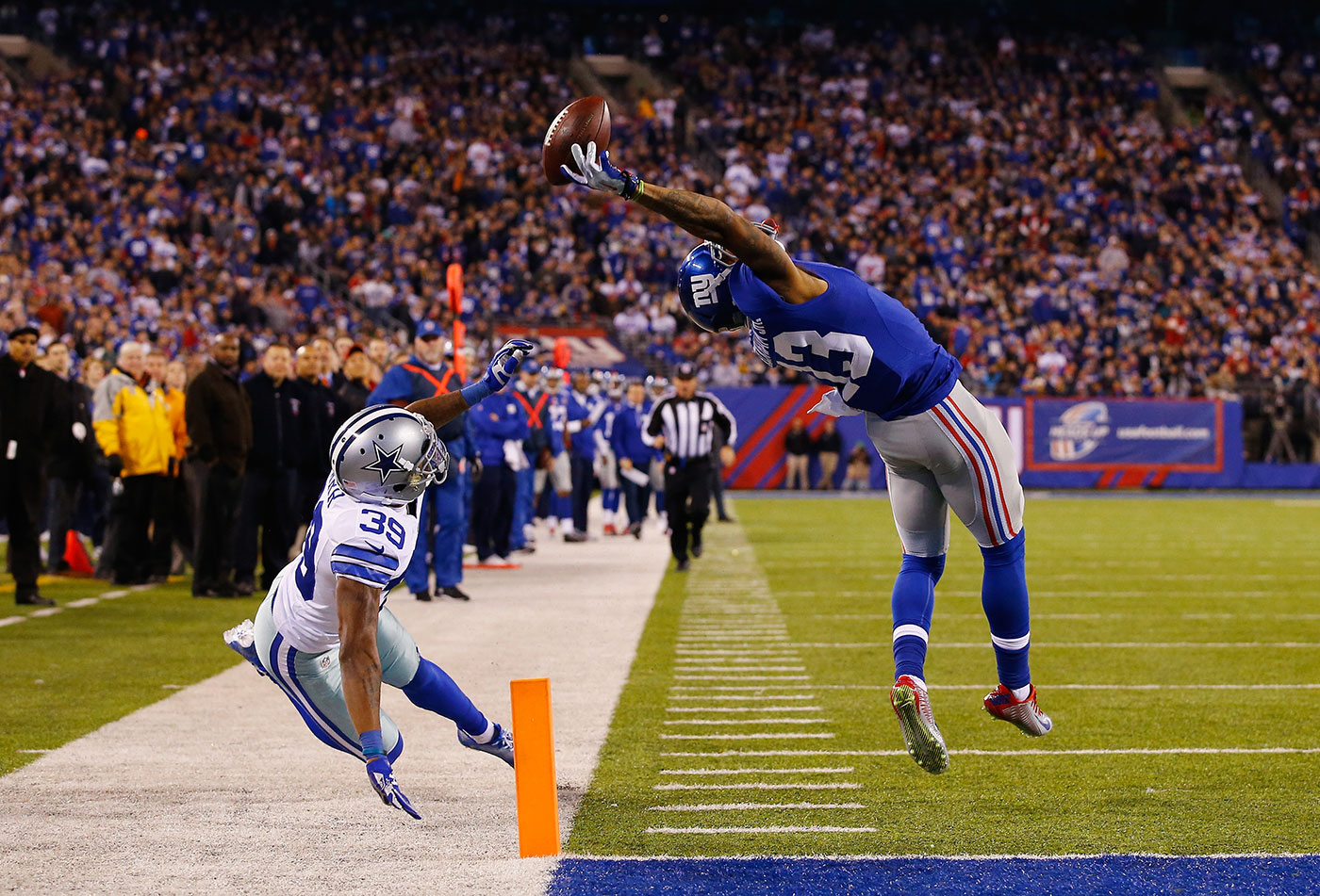 New York Giants' Odell Beckham Jr scores a touchdown against Dallas Cowyboys