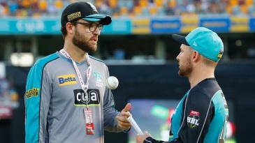 Daniel Vettori chats with Brendon McCullum