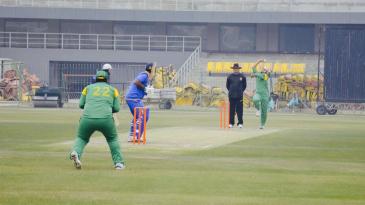 Mahinder Pal Singh bowls