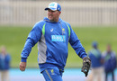 Australia bowling coach David Saker runs a warm-up drill prior to the start of play, Australia v South Africa, 2nd Test, Hobart, 3rd day, November 14, 2016