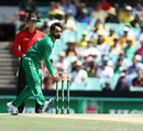 Mohammad Hafeez opened the bowling for his team, Australia v Pakistan, 4th ODI, Sydney, January 22, 2017