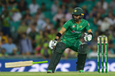 Mohammad Rizwan drops his bat, Australia v Pakistan, 4th ODI, Sydney, January 22, 2017