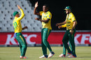 Lungi Ngidi claimed a four-wicket haul, South Africa v Sri Lanka, 2nd T20I, Johannesburg, January 22, 2017