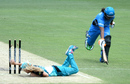 Jemma Barsby runs out Tabitha Saville, Brisbane Heat v Adelaide Strikers, Women's Big Bash League 2016-17, Gabba, January 21, 2017