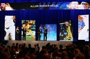 David Warner takes the centerstage at the Allan Border Medal awards night, Sydney, January 23, 2017