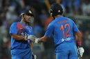 MS Dhoni and Yuvraj Singh added 57 runs in 28 balls, India v England, 3rd T20I, Bangalore, February 1, 2017