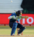 Upul Tharanga took a blow on the helmet, South Africa v Sri Lanka, 2nd ODI, Durban, February 1, 2017