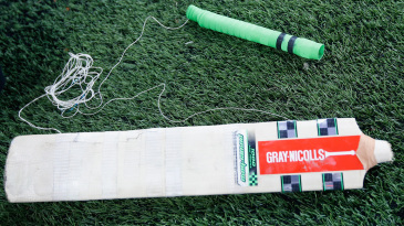 A view of Craig Simmons' broken bat