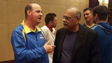 Mickey Arthur in conversation with PSL chief Najam Sethi