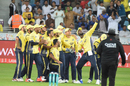 Darren Sammy stages a mock team selfie after pulling off a one-handed catch, Karachi Kings v Peshawar Zalmi, Pakistan Super League, Dubai, February 10, 2017