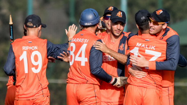Netherlands celebrate after closing out another tight win