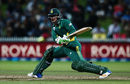 Quinton de Kock plays a reverse sweep during his innings, New Zealand v South Africa, 1st ODI, Hamilton, February 19, 2017