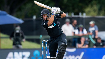 Ross Taylor was the fourth New Zealand batsman to reach 6000 ODI runs