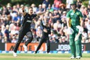 Trent Boult exults after removing AB de Villiers, New Zealand v South Africa, 2nd ODI, Christchurch, February 22, 2017