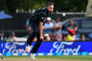 Tim Southee gets into his delivery stride, New Zealand v South Africa, 2nd ODI, Christchurch, February 22, 2017