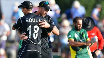 Tim Southee and Trent Boult embrace after New Zealand's win
