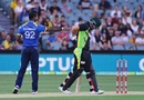 Nuwan Kulasekara apologizes to Aaron Finch after inadvertently hitting him, Australia v Sri Lanka, 3rd T20 International, Adelaide, February 22, 2017