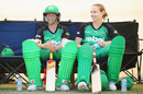 Meg and Anna Lanning wait to bat, Melbourne Stars v Brisbane Heat, BBL, Melbourne, December 5, 2015
