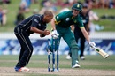 Dwaine Pretorious is run out by Jeetan Patel, New Zealand v South Africa, 4th ODI, Hamilton, March 1, 2017