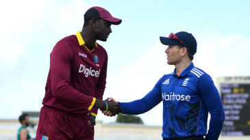 Jason Holder and Eoin Morgan shake hands at the toss