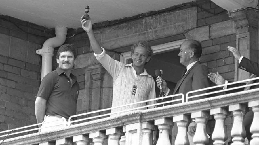 David Gower holds the urn aloft after England's 3-1 series win