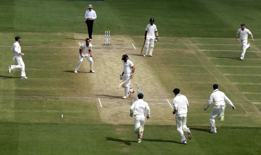India scared of defeat to Australia : Starc