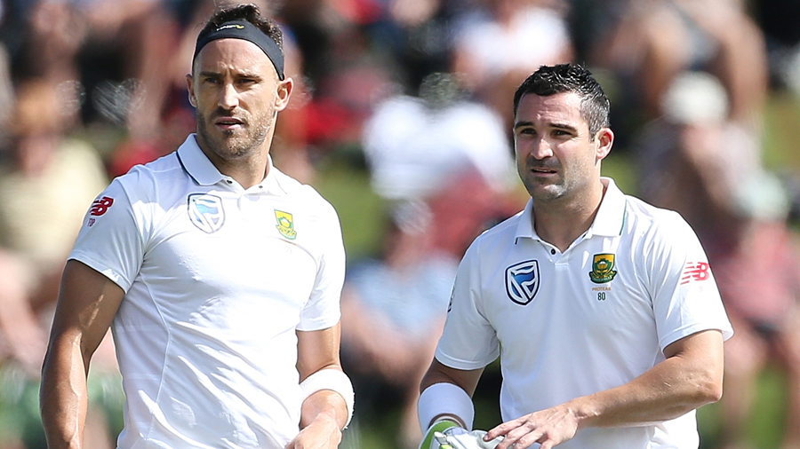 Faf du Plessis and Dean Elgar shared a 126-run stand for the fourth wicket